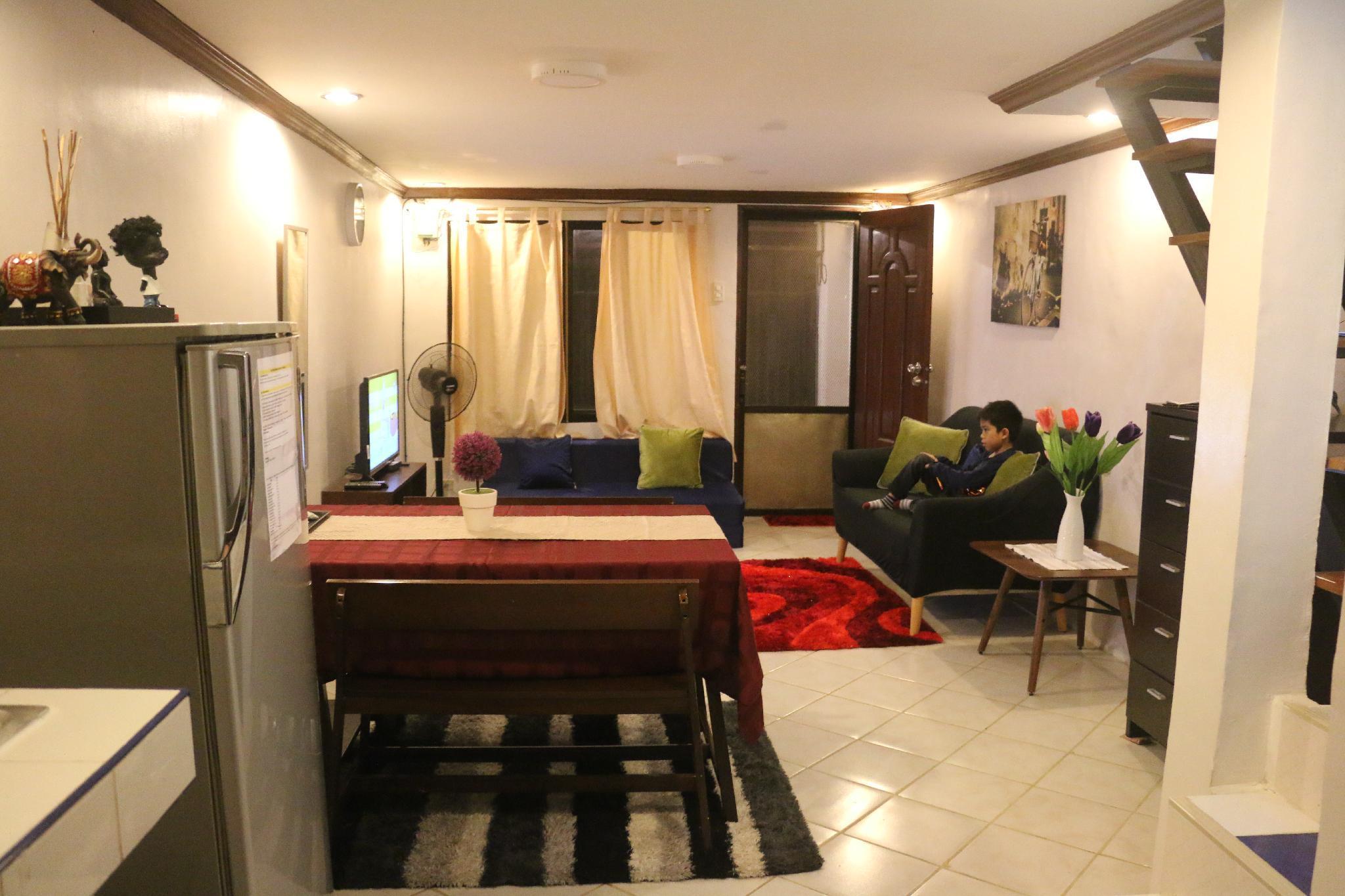 Mandaue City Entire House 10mins To SM Consolacion