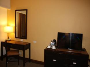 picture 2 of Days Hotel by Wyndham Iloilo