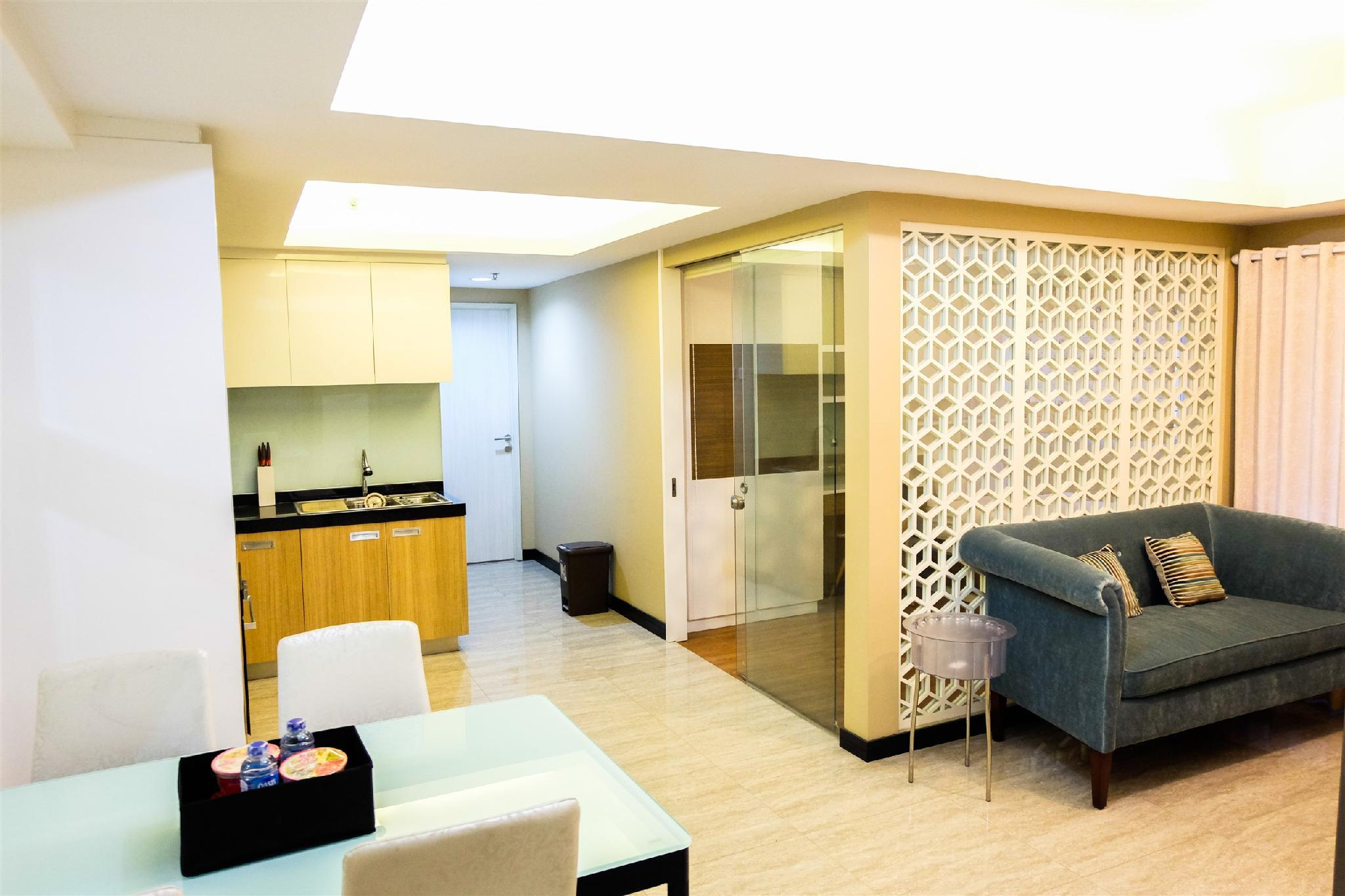2BR City View The Wave Apartment By Travelio