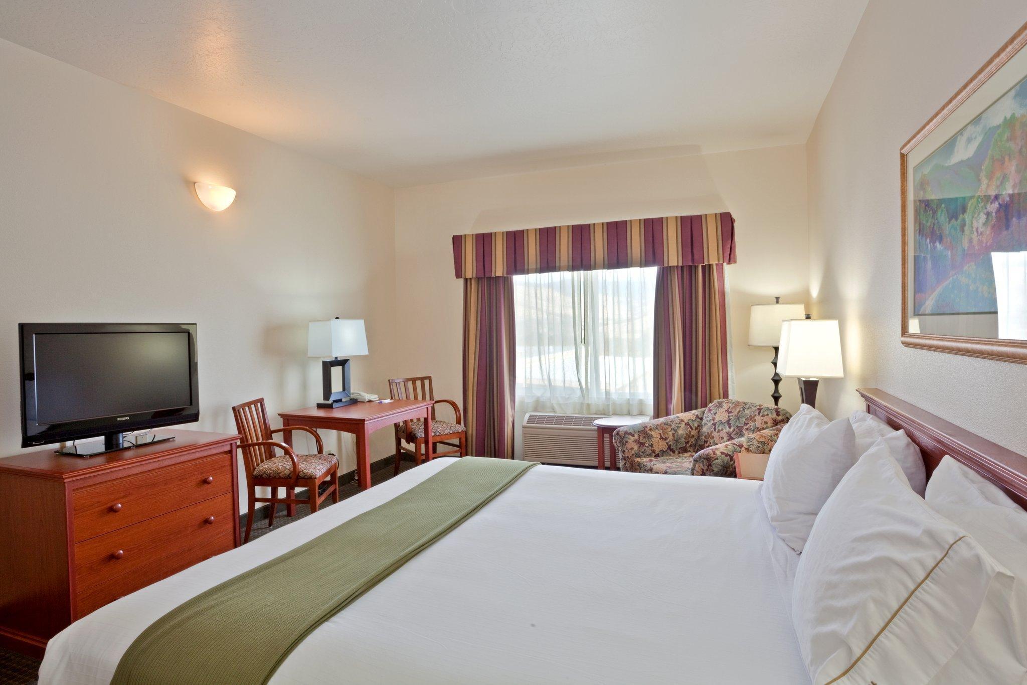 Holiday Inn Express Hotel & Suites Ashland