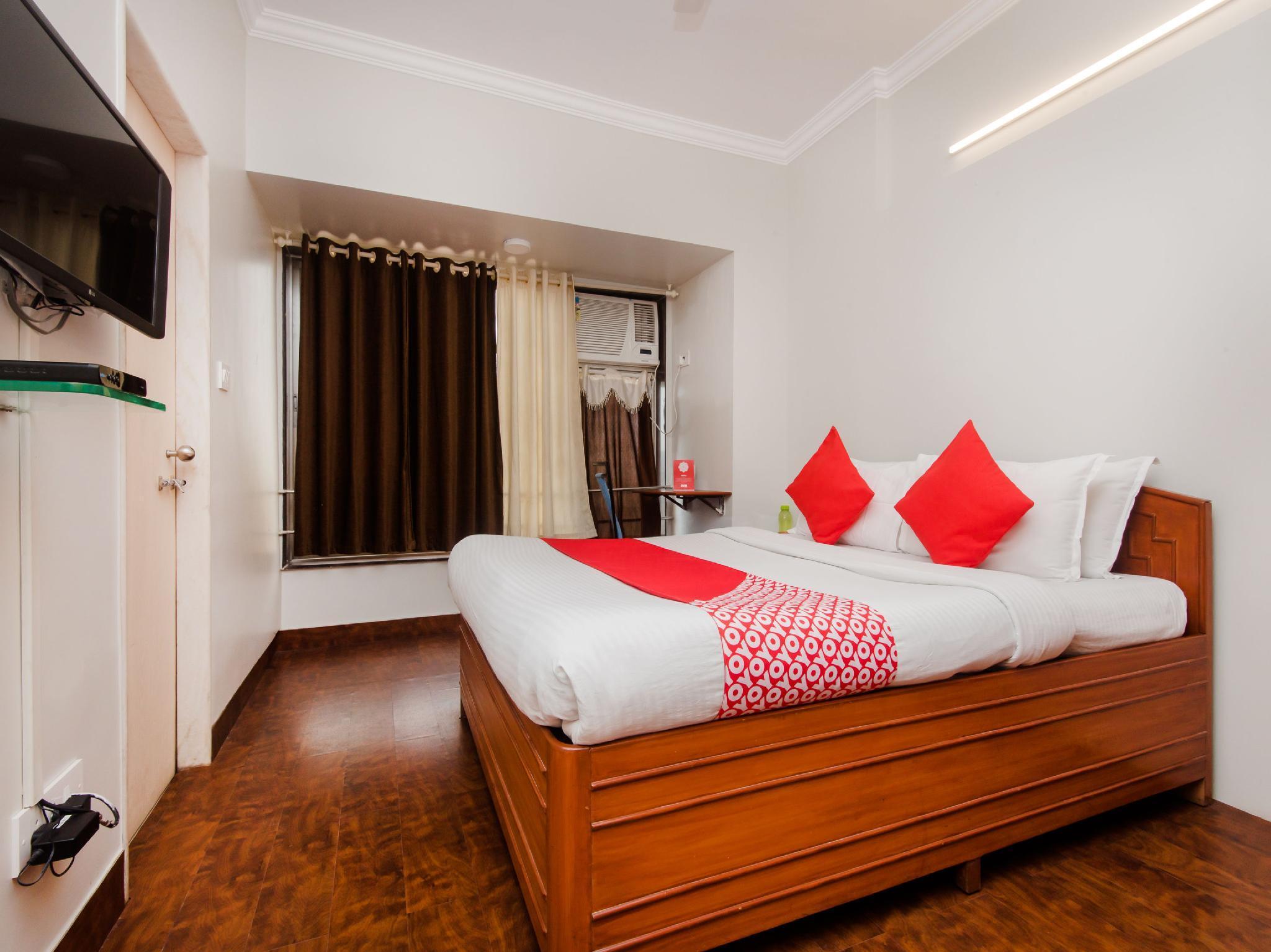 OYO 1838 Apartment Hotel Executive Homes