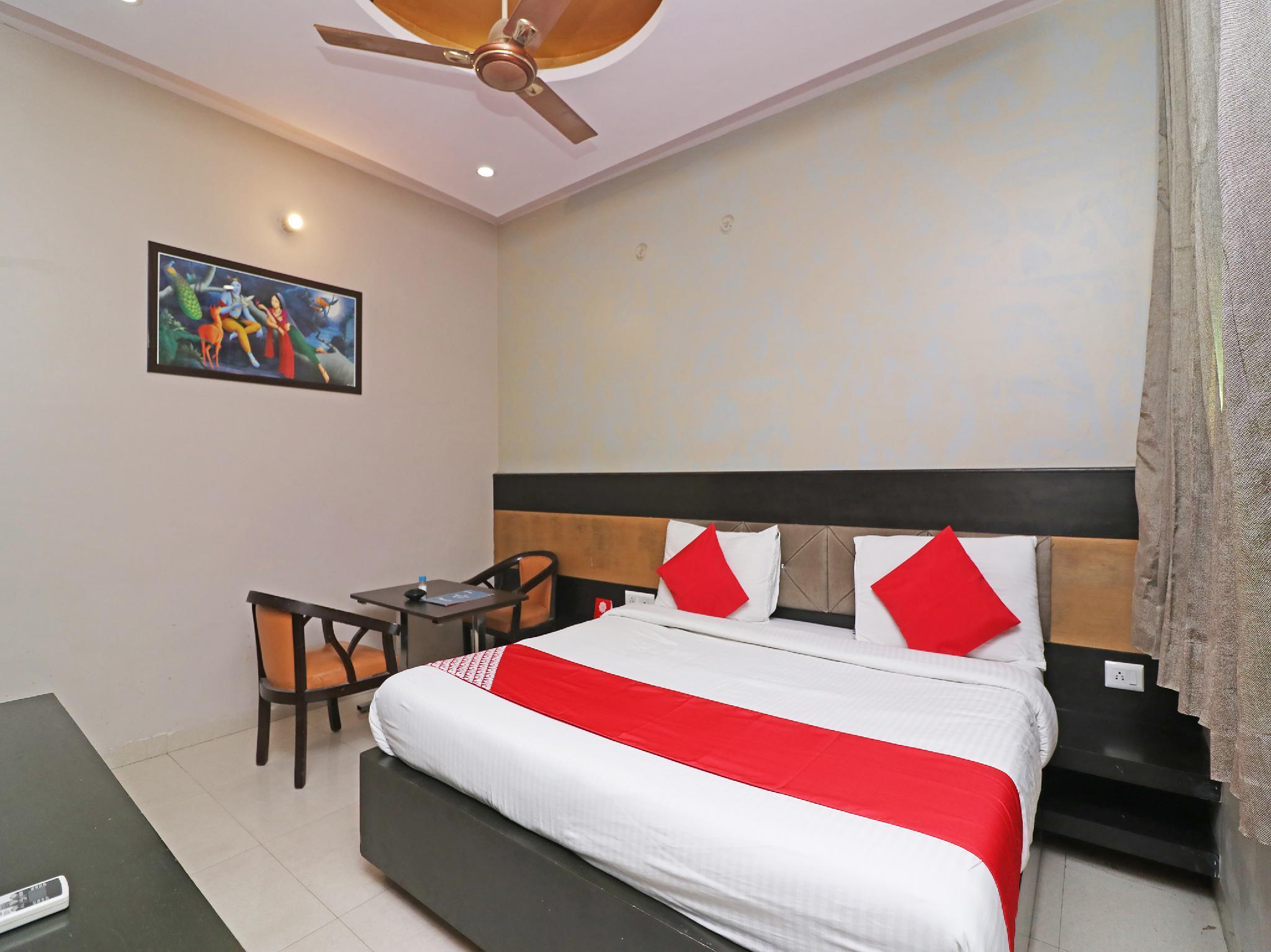 Capital O 29029 RC Hotel