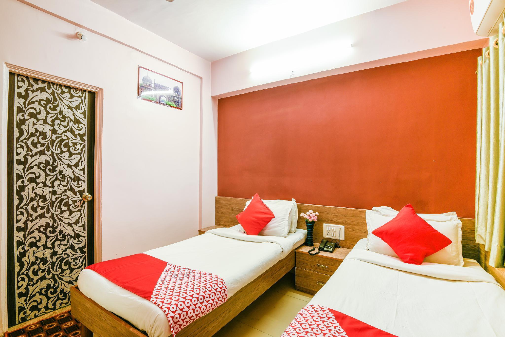 OYO 9920 Hotel Aurangabad Regency