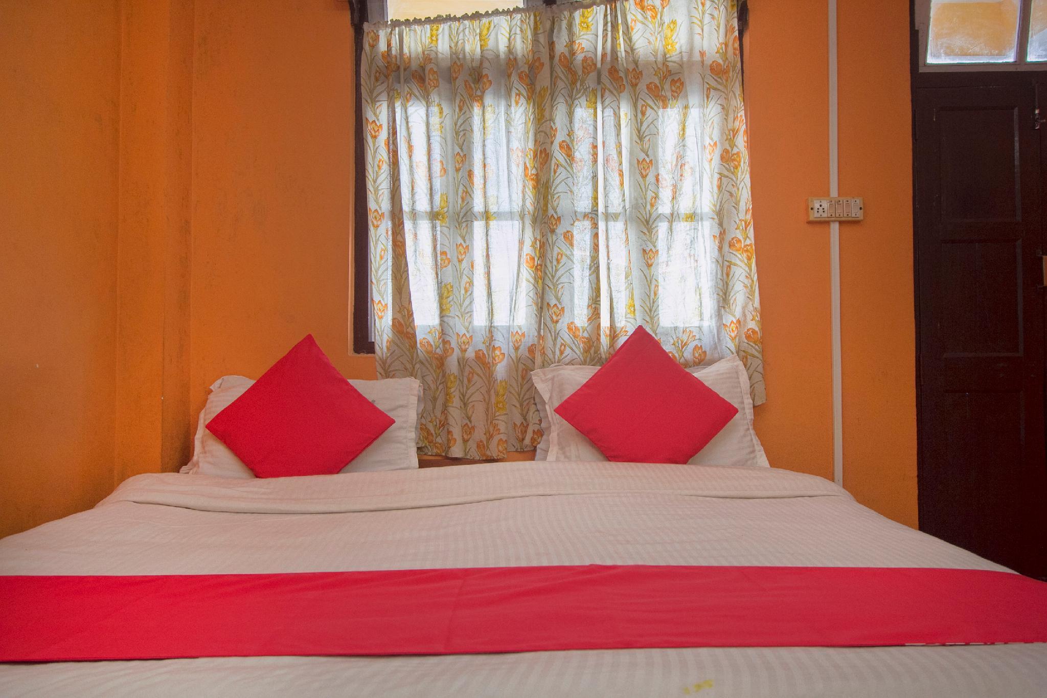 OYO 4326 Hotel Manakamna