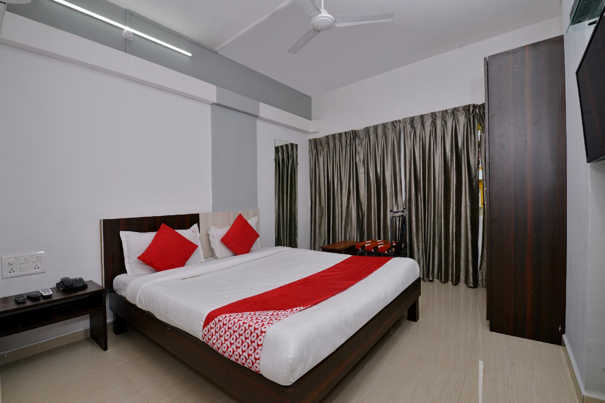 OYO 11845 Hotel Victoria