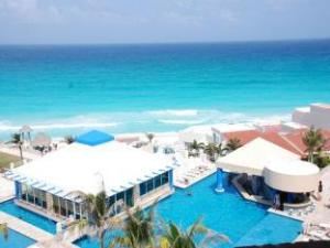 Solymar Cancun Beach Resort