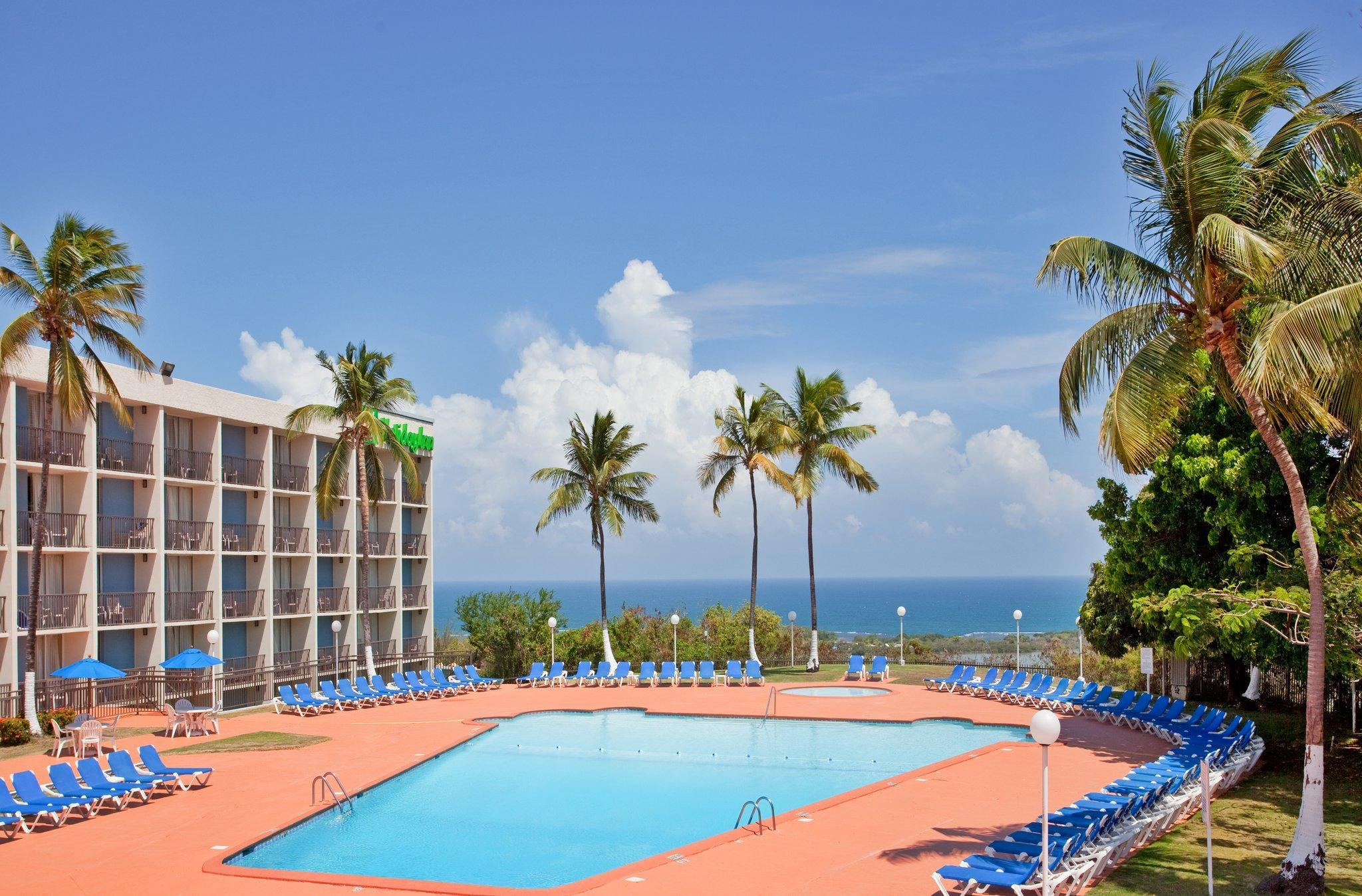 Holiday Inn Ponce And El Tropical Casino