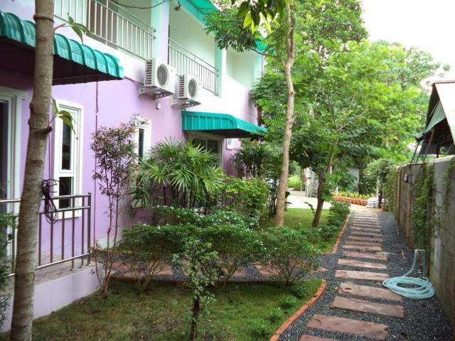 บลังโก อพาร์ตเมนท์ แอนด์ รูม – Blanco Room & Apartments