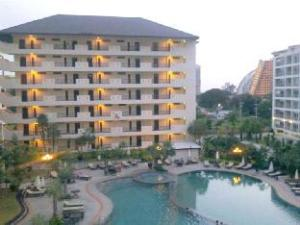 Wongamat Privacy by Good Luck Apartments