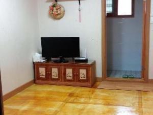 Yeohaengga Hanok Guesthouse