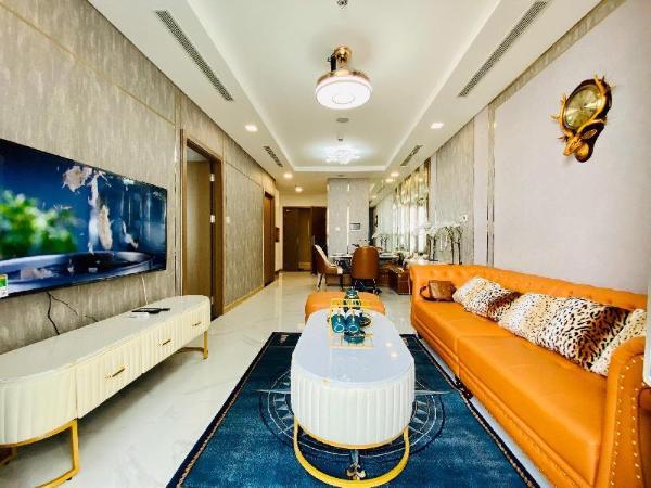 The Landmark 81 Building, 2 bedrooms, Happy stay. Ho Chi Minh City
