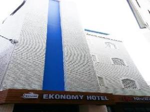 Ekonomy Hotel Gumi