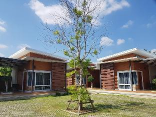 アット ムアンプロイ リゾート At Muangploy Resort