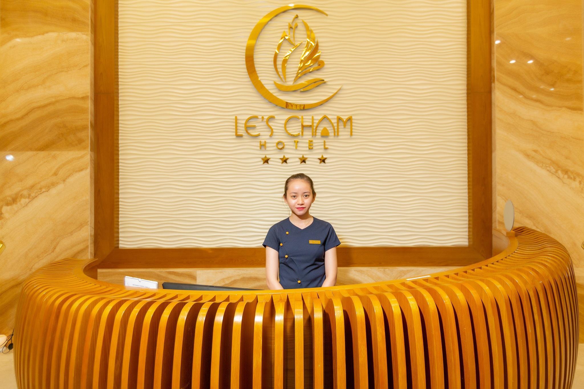 Le's Cham Hotel