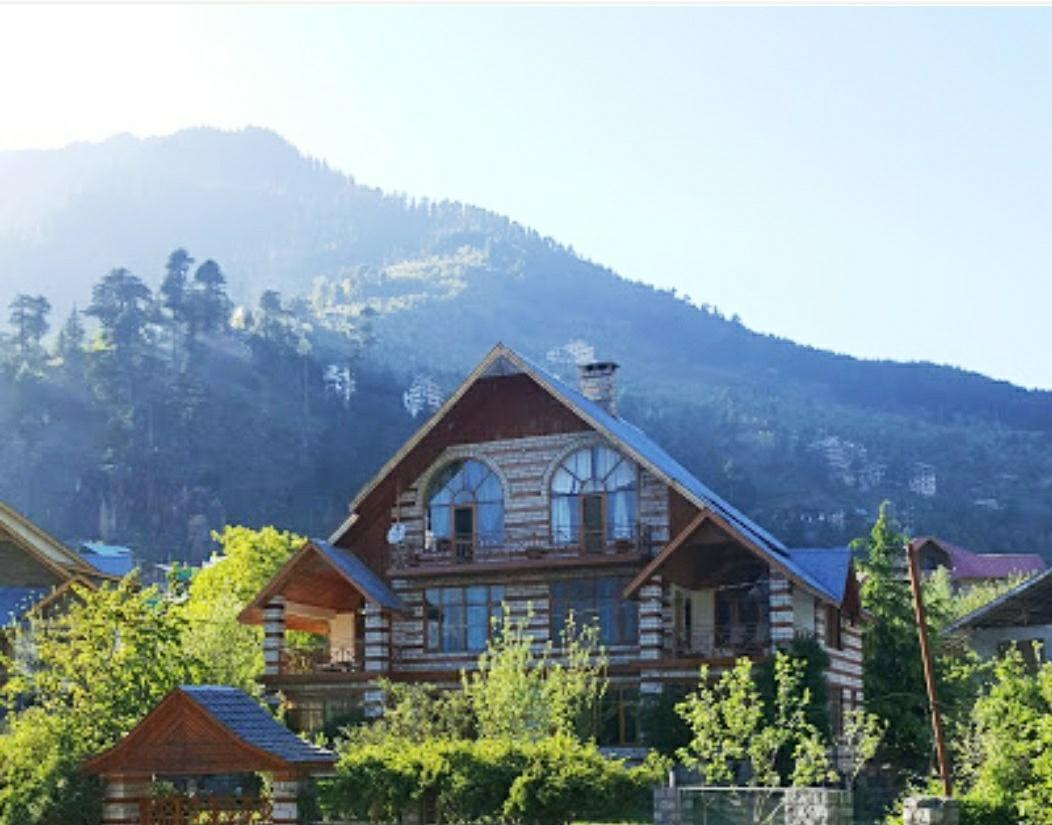 5BR Luxurious Chalet With Exotic View Manali