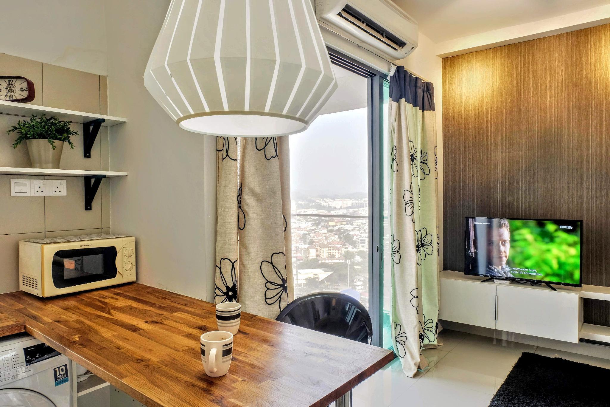 Classy Studio With Private Balcony @ Univ360