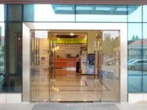 Guangzhou Huaji Hotel Baiyun Airport Road Branch