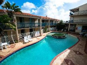 West Beach Lagoon Apartments