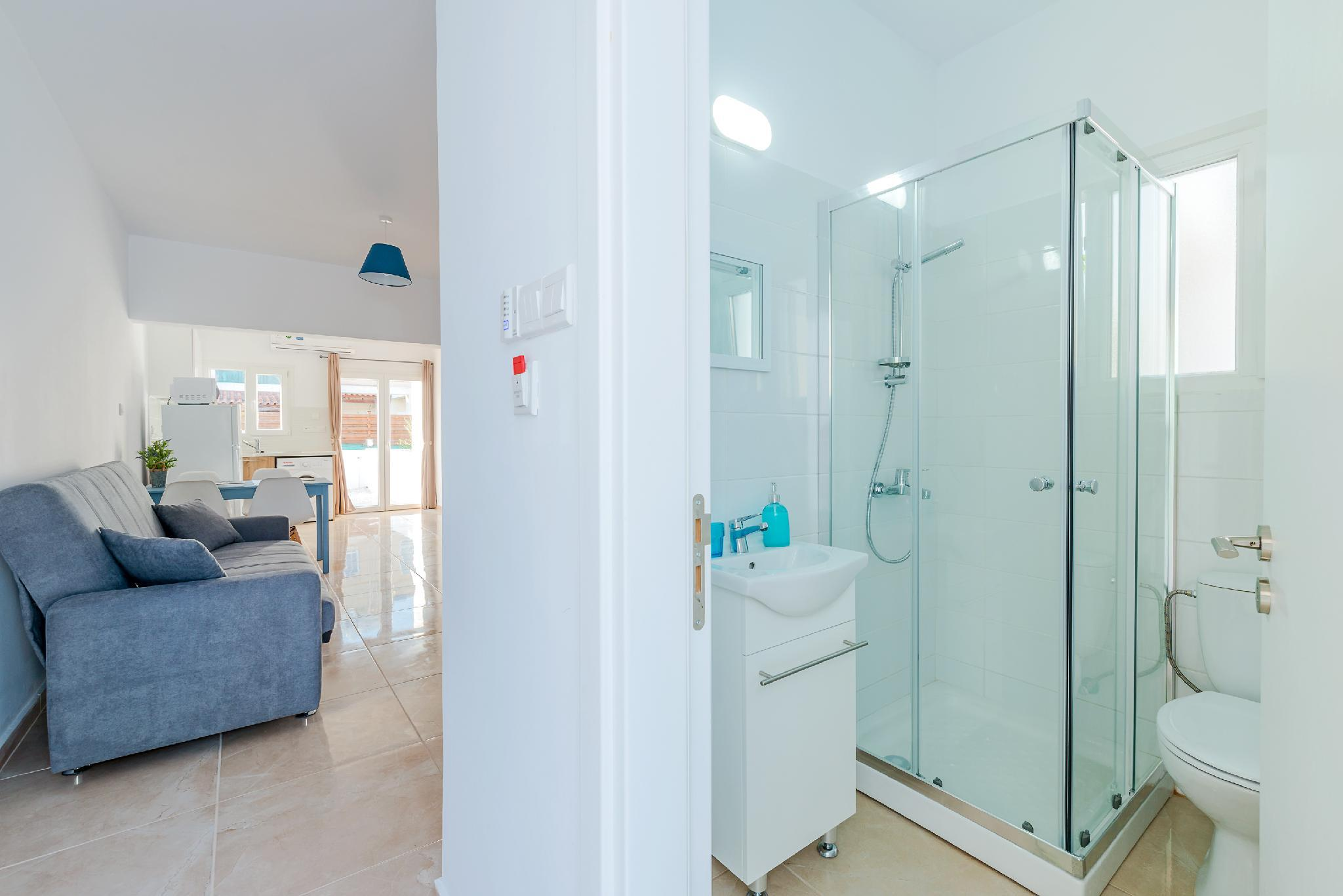 Color Cyprus Amozoniu Apartments