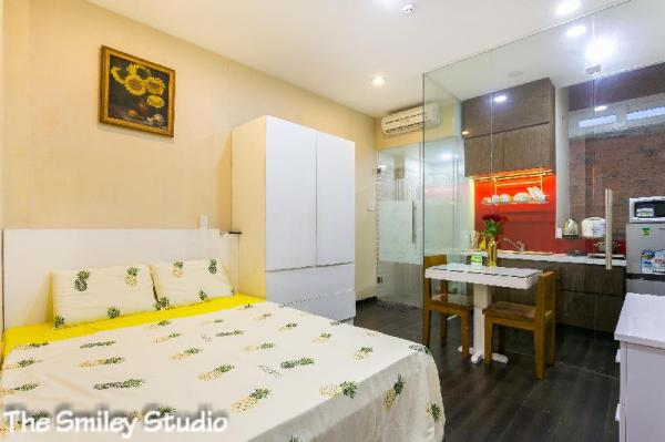 *Smiley Studio* Modern. Downtown. Lifestyle.  Ho Chi Minh City