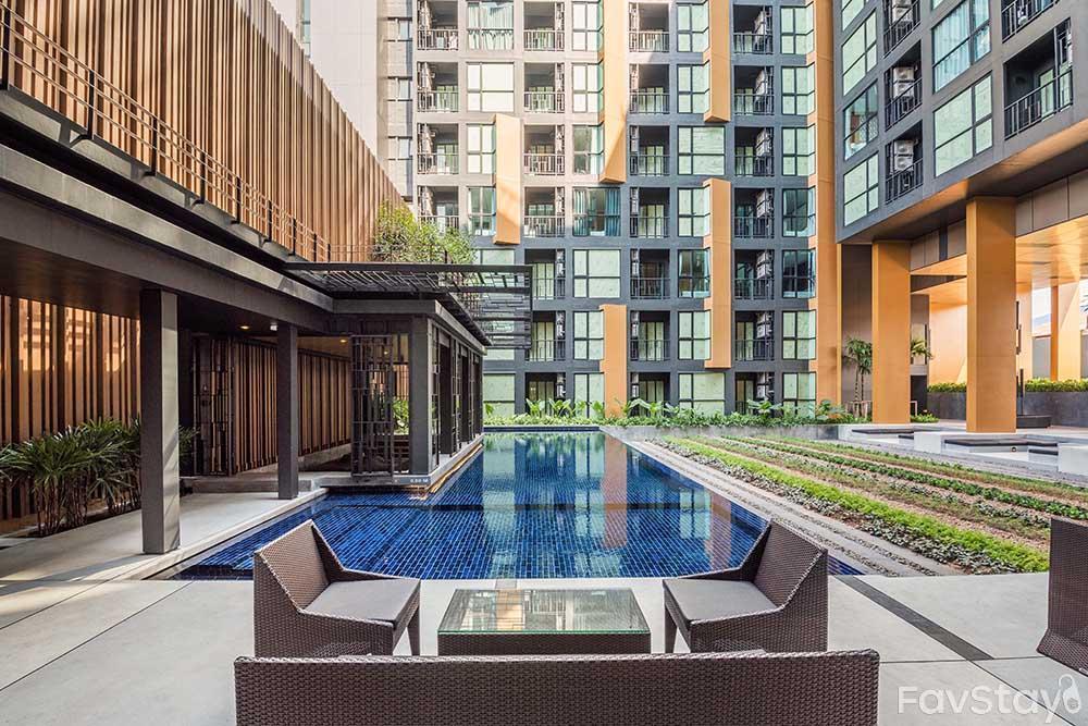 Breathtaking Sky Pool Rooftop 1BR Phuket City
