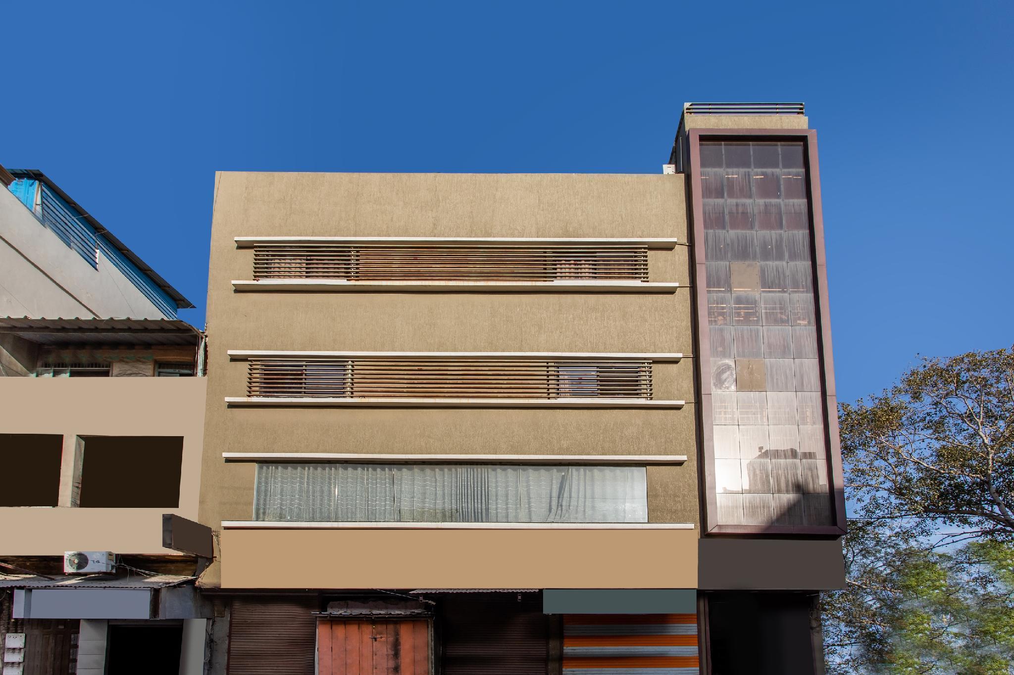 SPOT ON 29360 Hotel Zayka