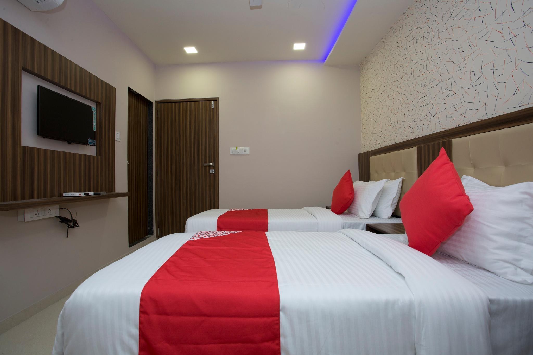 OYO 27640 Hotel Blue Sapphire Residency