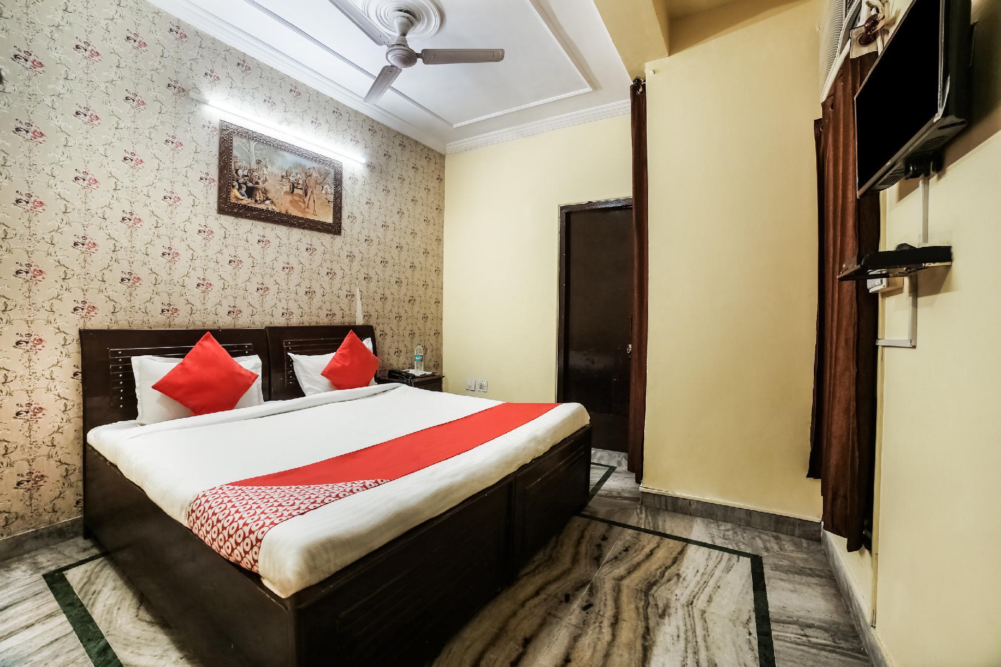 OYO 23114 Hotel Abhay Haveli