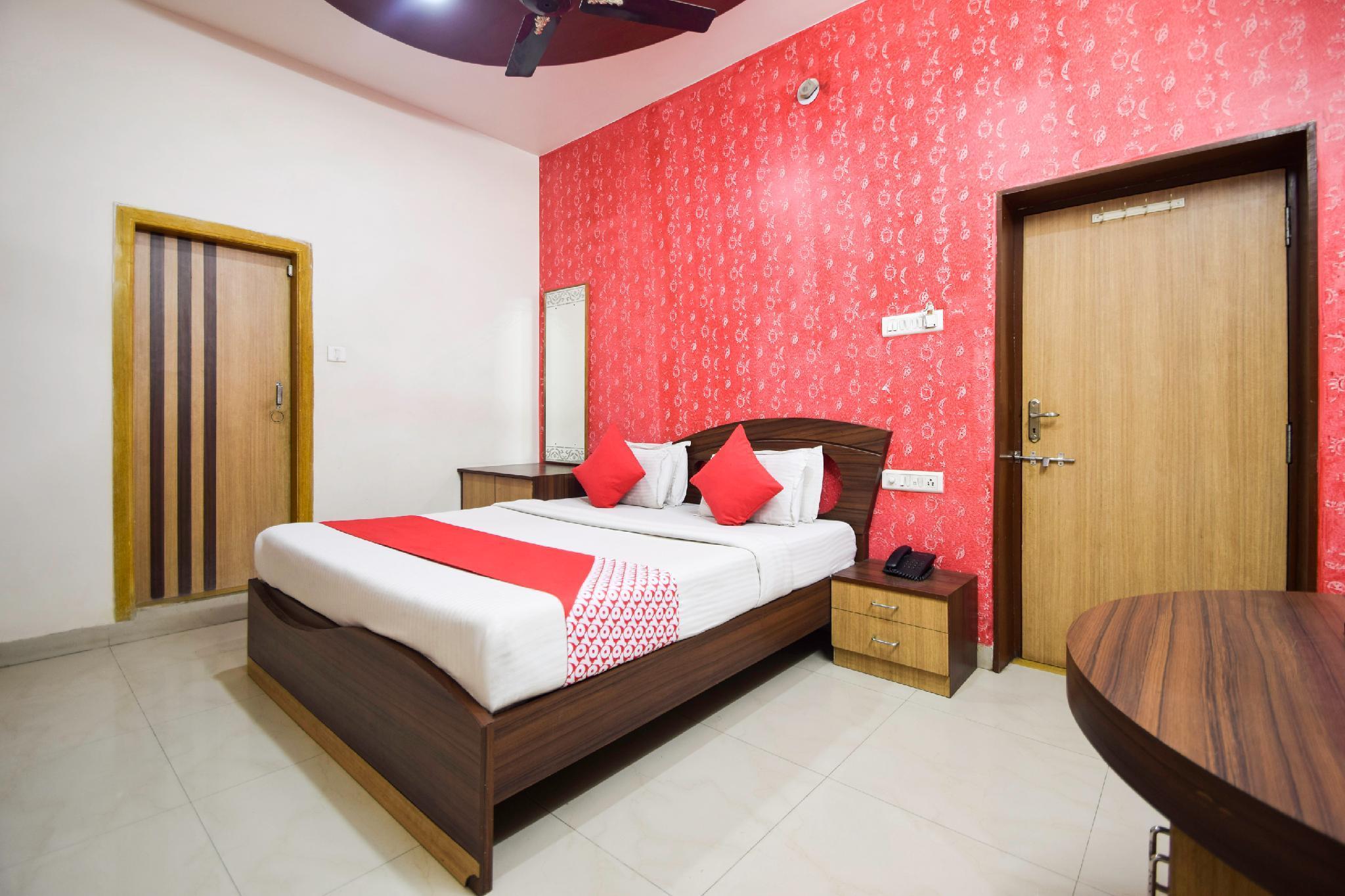 OYO 29057 Shree Ram Regency