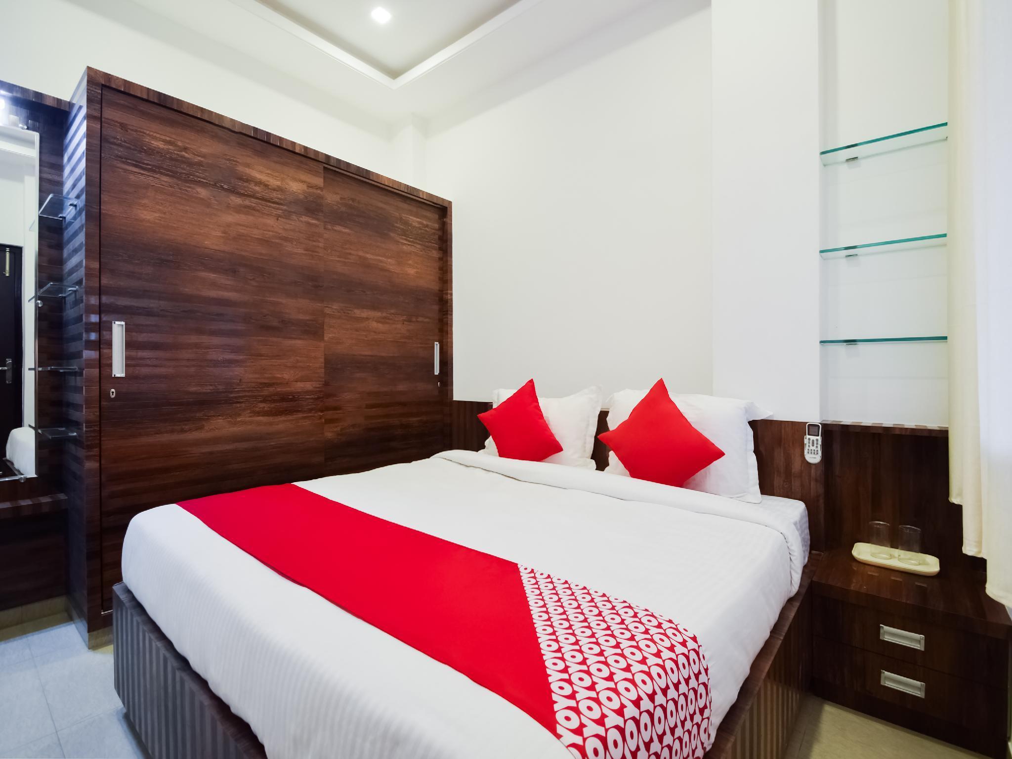 OYO 29352 Hotel Prime