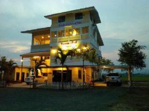 Him Doi House at Doisaket
