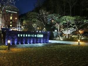 Everrich Hotel