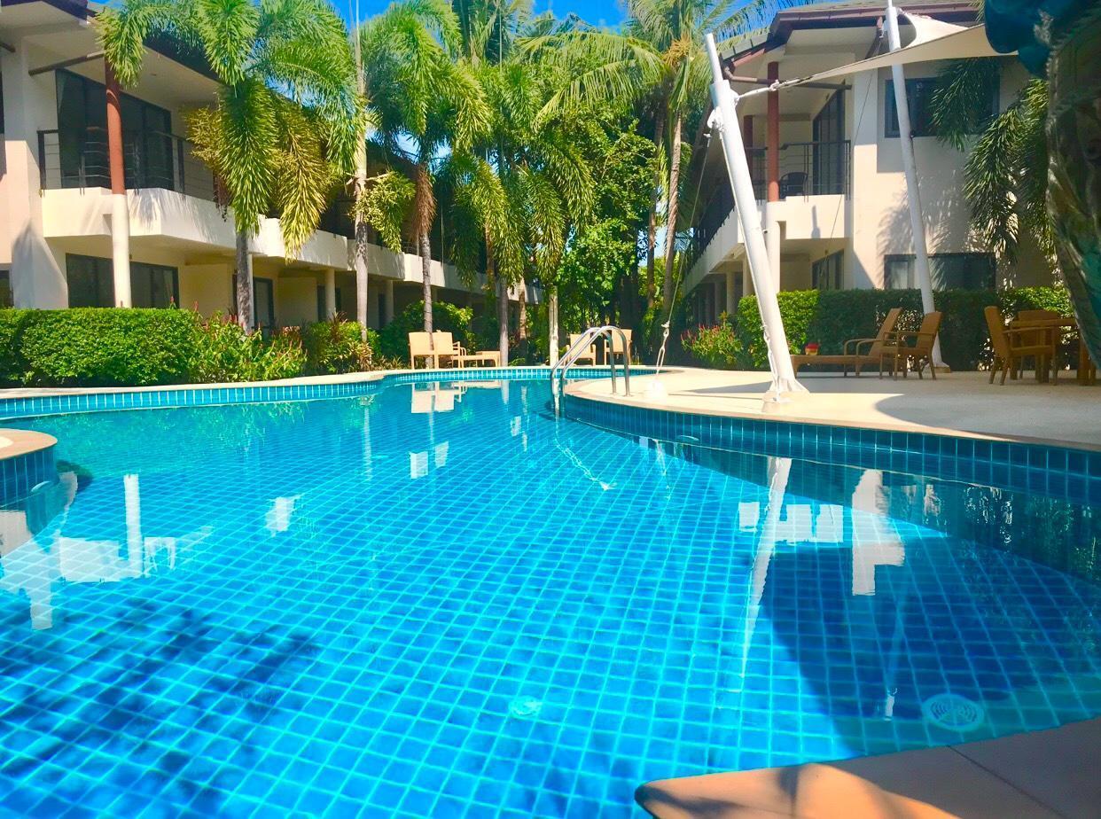 Samui Emerald Condominium Royal Suite อพาร์ตเมนต์ 1 ห้องนอน 1 ห้องน้ำส่วนตัว ขนาด 50 ตร.ม. – เชิงมน