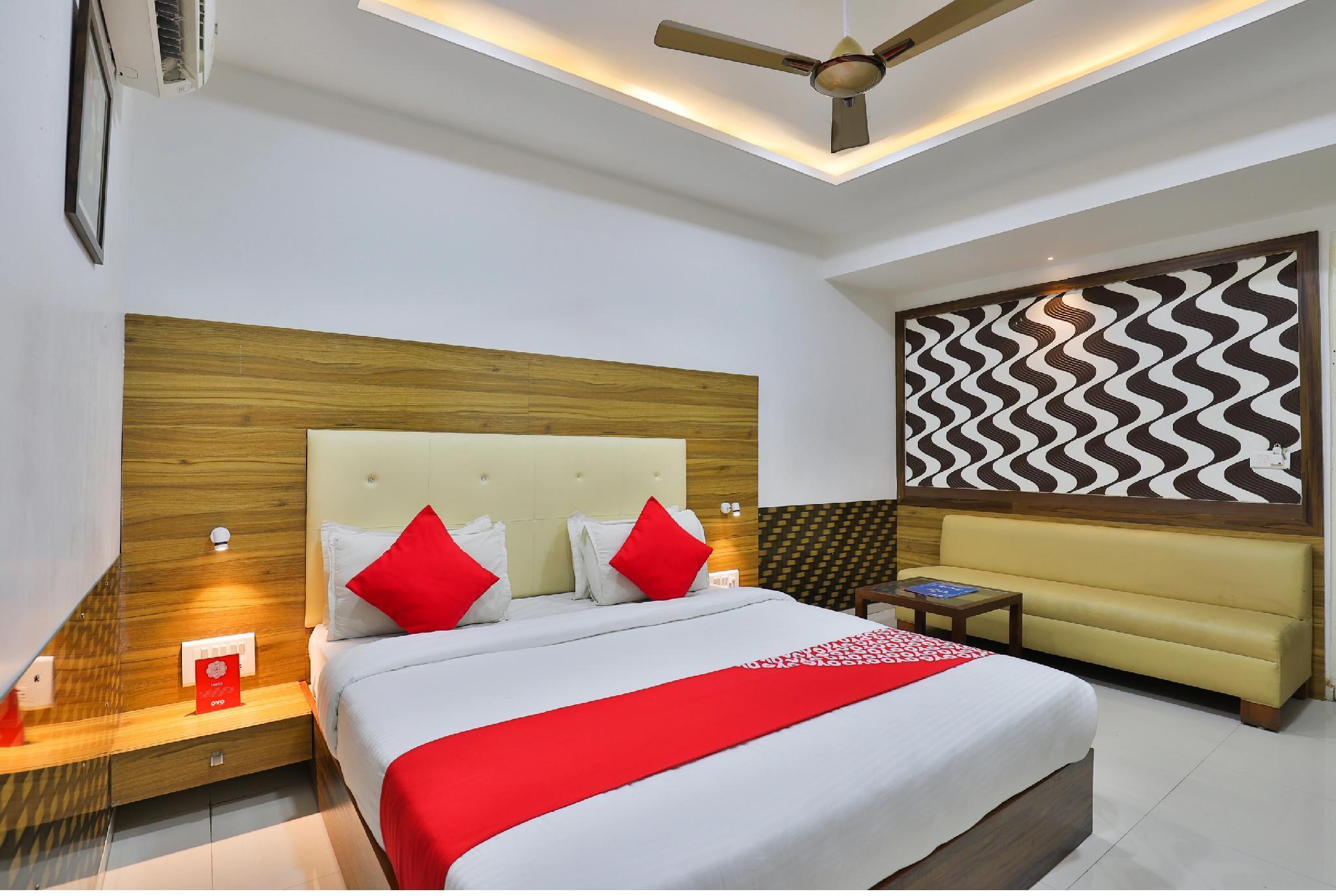 Hotel Grand Sahara Inn