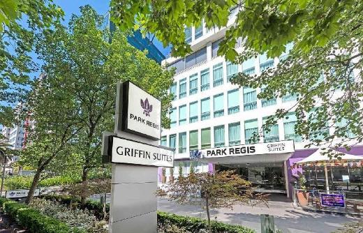 Park Regis Griffin Suites Hotel
