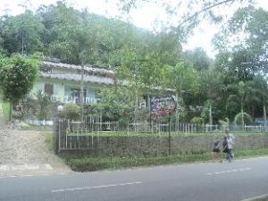 Rundeepa Hotel