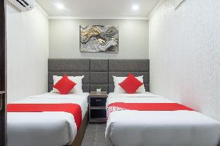 picture 3 of OYO 208 Anika Suites