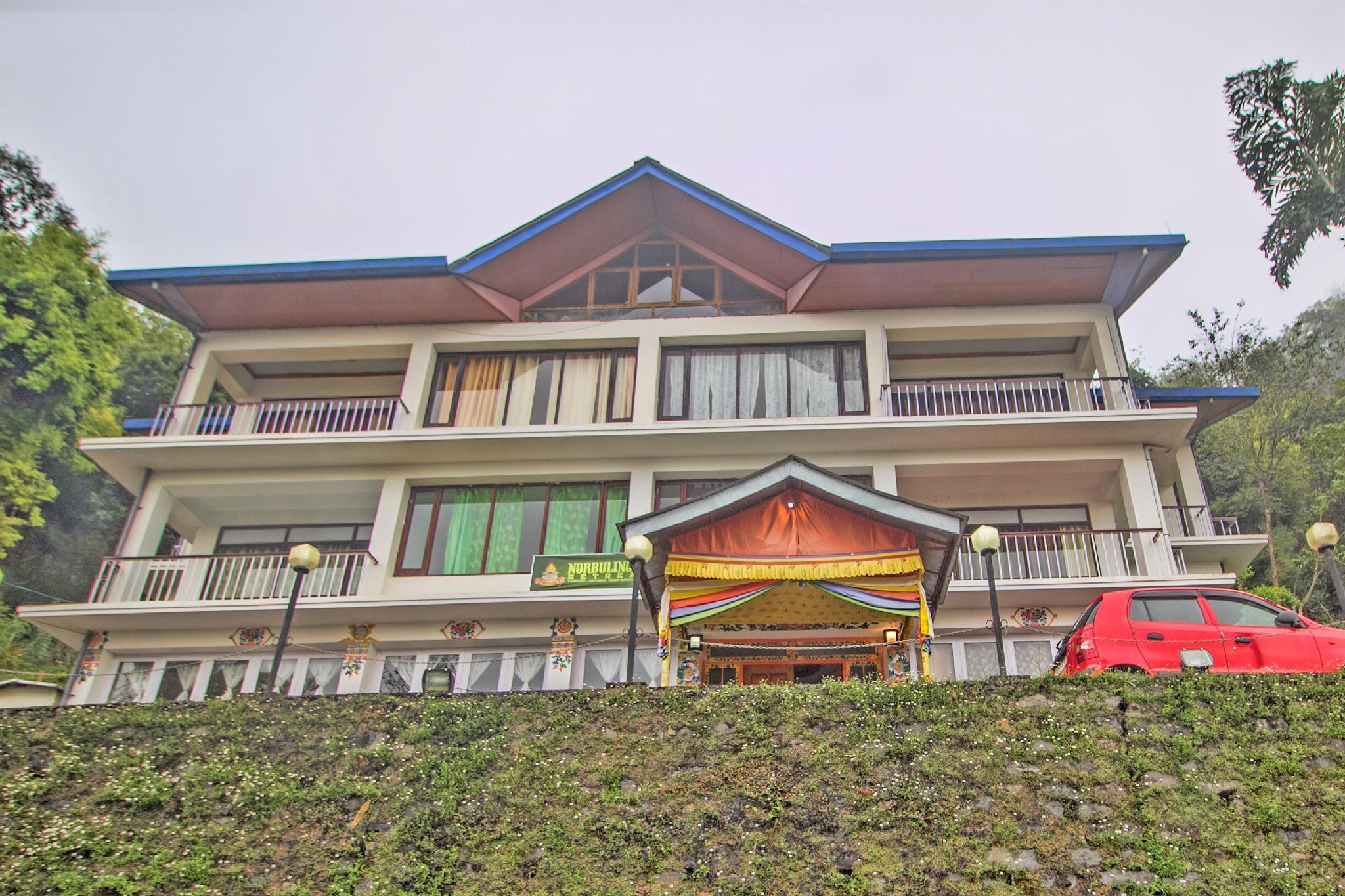 OYO 36251 Norbulingka Retreat