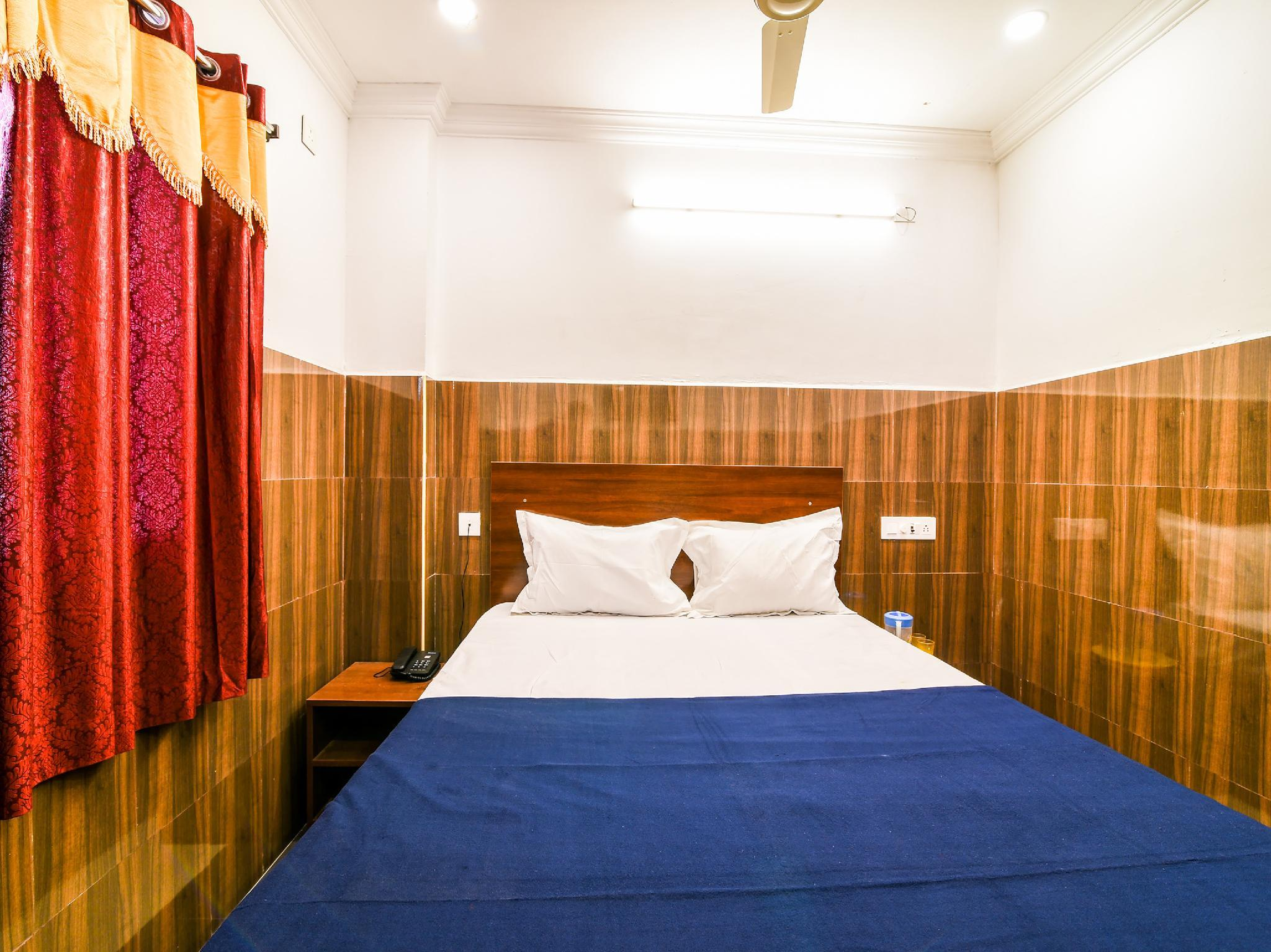 SPOT ON 36583 Hotel Srinivasa Residency