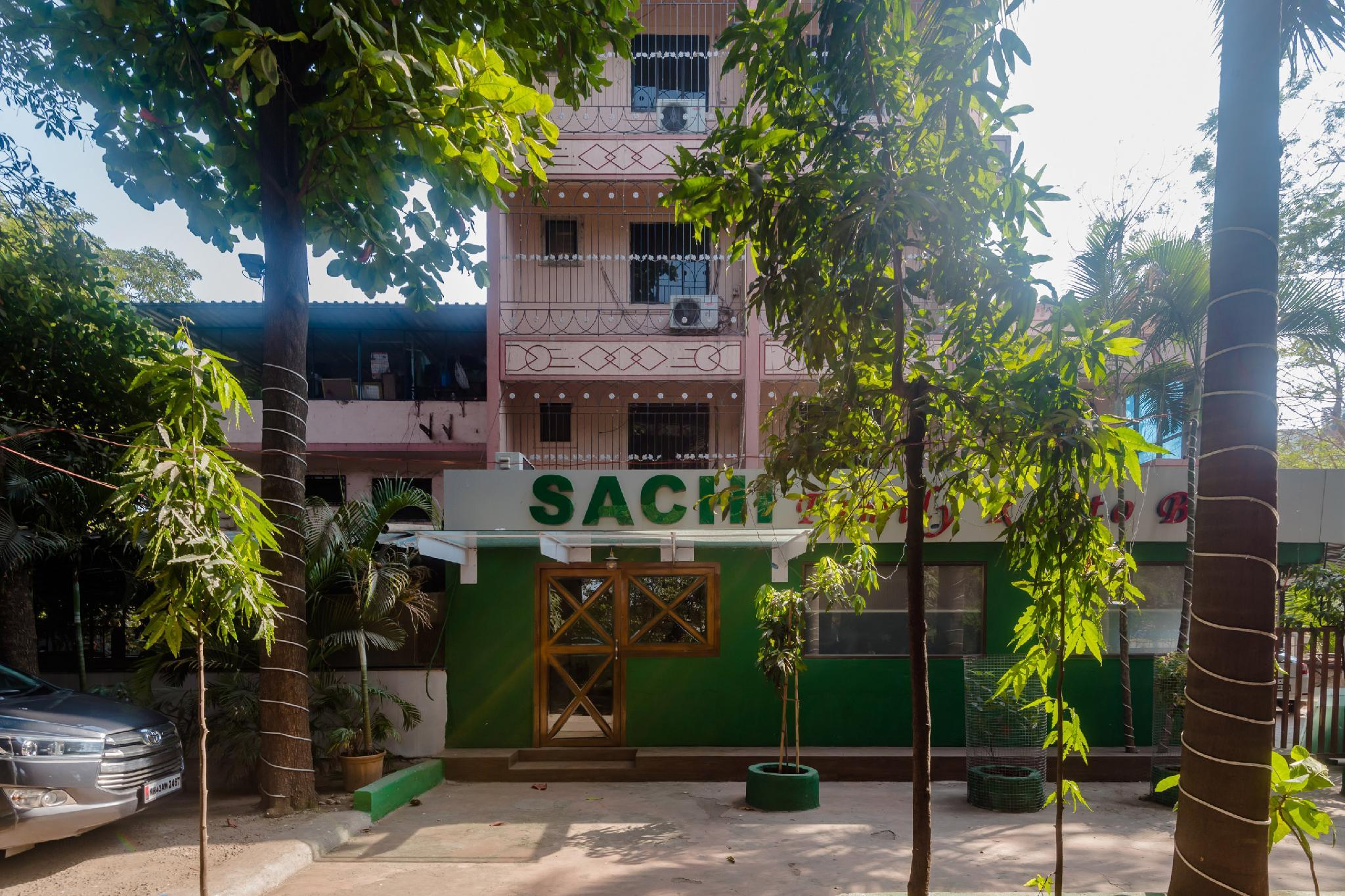 OYO 27797 Hotel Pratham Lodging