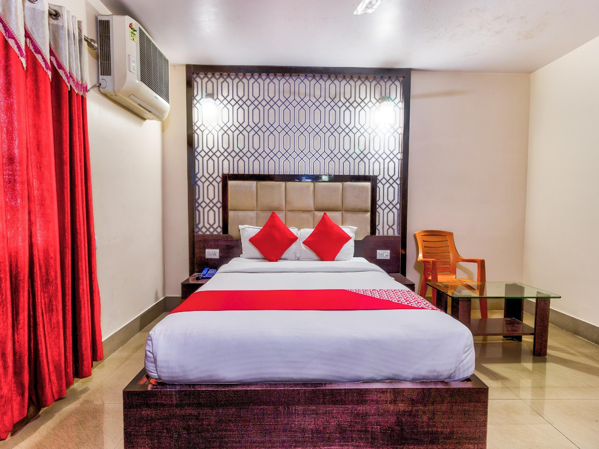 OYO 35989 Hotel Rajdoot