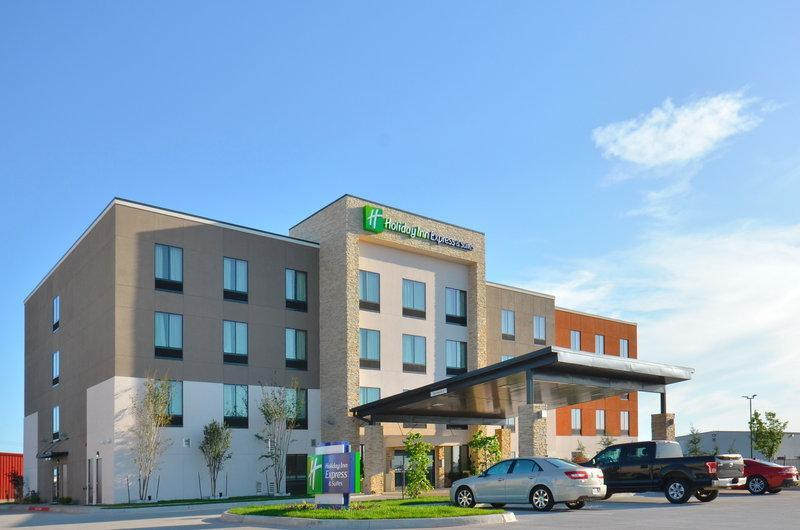 Holiday Inn Express And Suites Oklahoma City Mid   Arpt Area