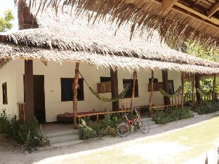 picture 4 of Pesangan Surfcamp Hotel