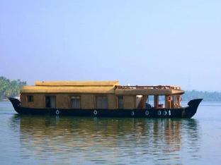 The Lotus - Houseboat