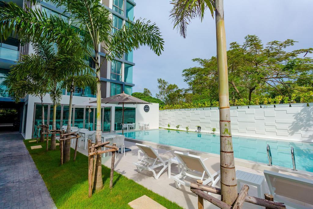 Oceanstone Phuket By Holy Cow 21