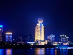 Wuhan Howard Johnson Pearl Plaza Hotel (Wuhan Howard Johnson Pearl Plaza Hotel)