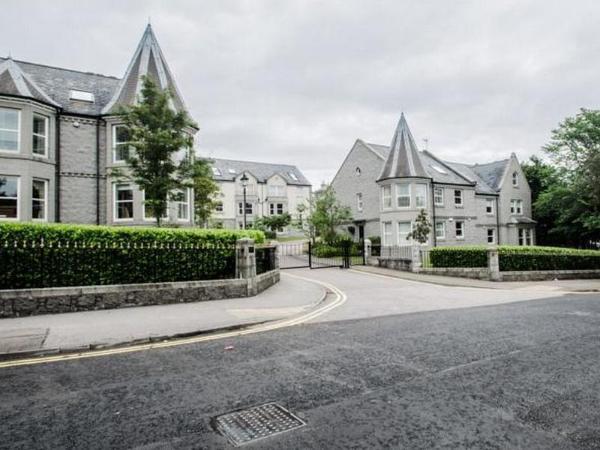 AM-PM West End Apartments Aberdeen