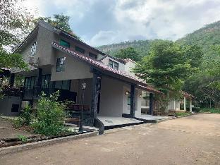 [カオヤイ国立公園]ヴィラ(200m2)| 4ベッドルーム/5バスルーム Khao Yai A12 Privacy House 4BR/5BA for 8-15 ppl