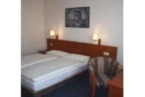 โรงแรมควอลิตี้ เดรสเดน เวสต์ (Quality Hotel Dresden West)