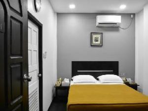 迷你白金酒店 (Mini Platinum Hotel)